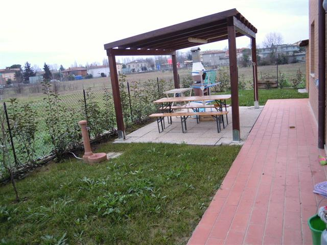 sale Ospedaletto apartment with garden 1